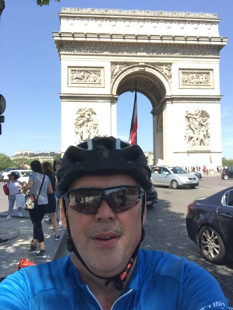 Andrew Draper cycling Paris