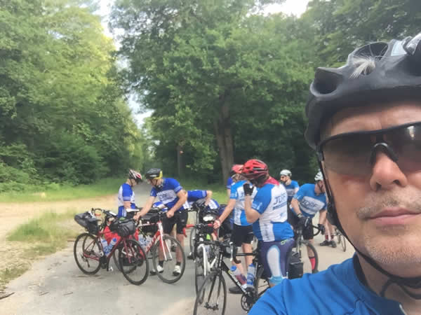 Andrew Draper cycling Paris